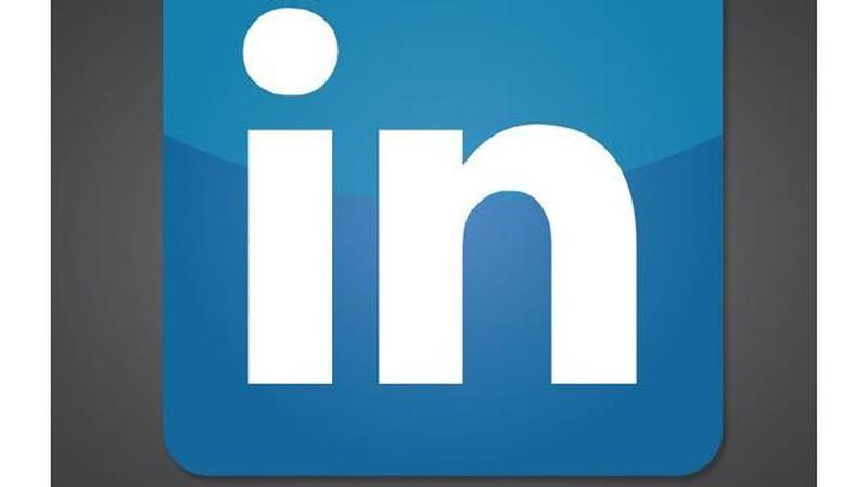 linkedinmakeover primary 100364601 large