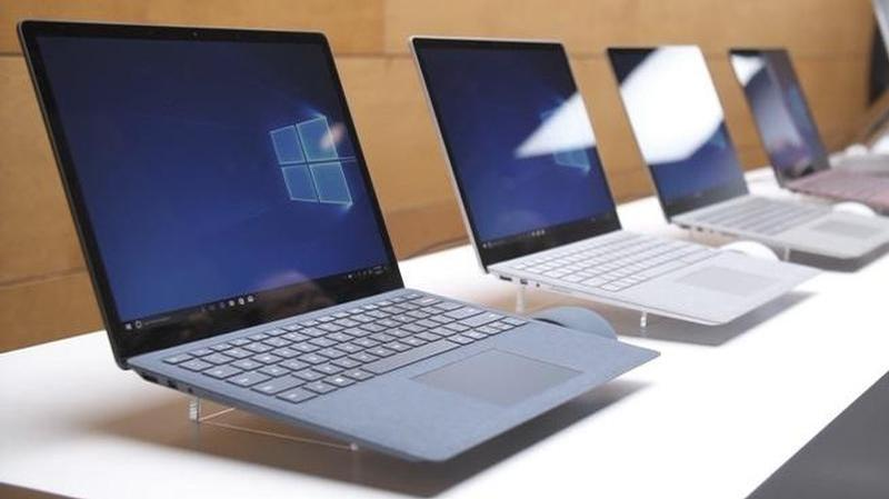 surface laptop grupo small